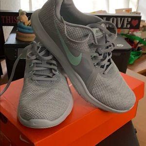 NIB Nike Flex Trainer 8